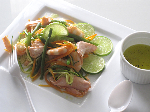 spaghetti-di-verdure-mazzancolle-salmone