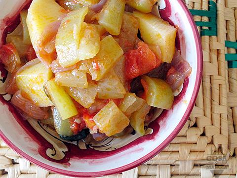 minestra di zucchine lunghe
