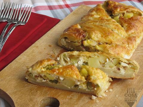 foto strudel con feta olive e patate