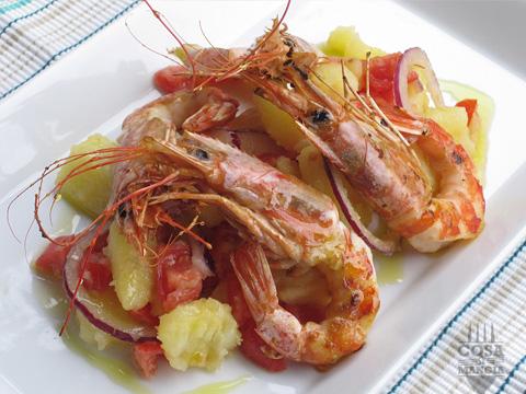 insalata di gamberoni patate pomodorini e cipolla