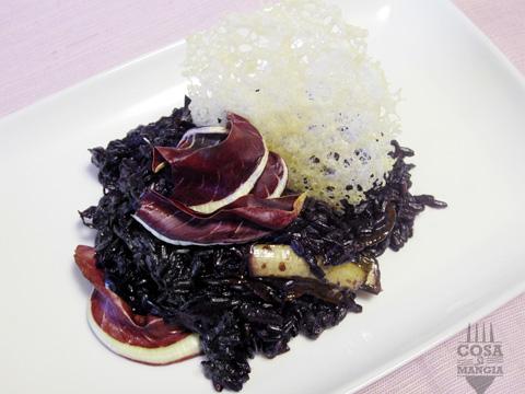 risottto al radicchio di treviso con riso venere e prosecco
